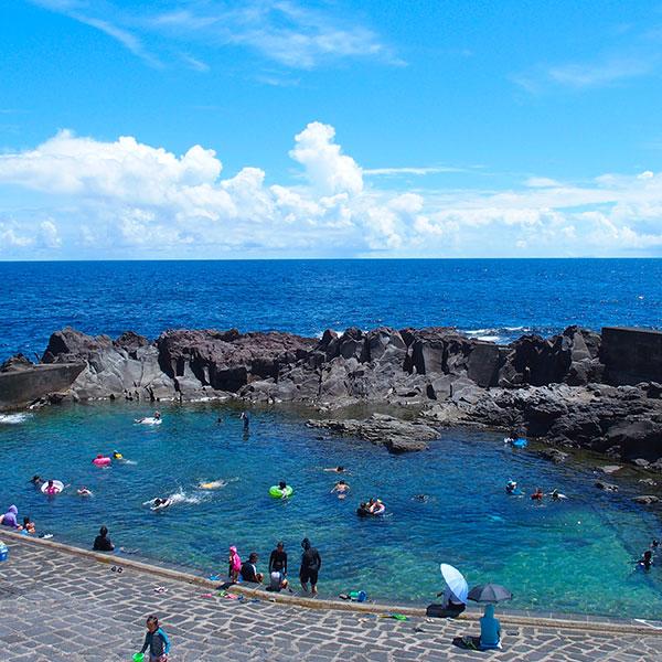 乙千代ヶ浜は子供たちも<br /> 楽しめる海水浴場