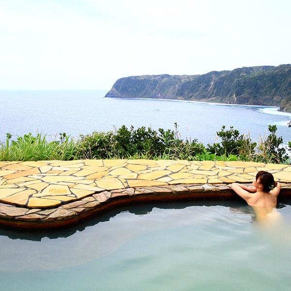 絶景露天風呂温泉「みはらしの湯」